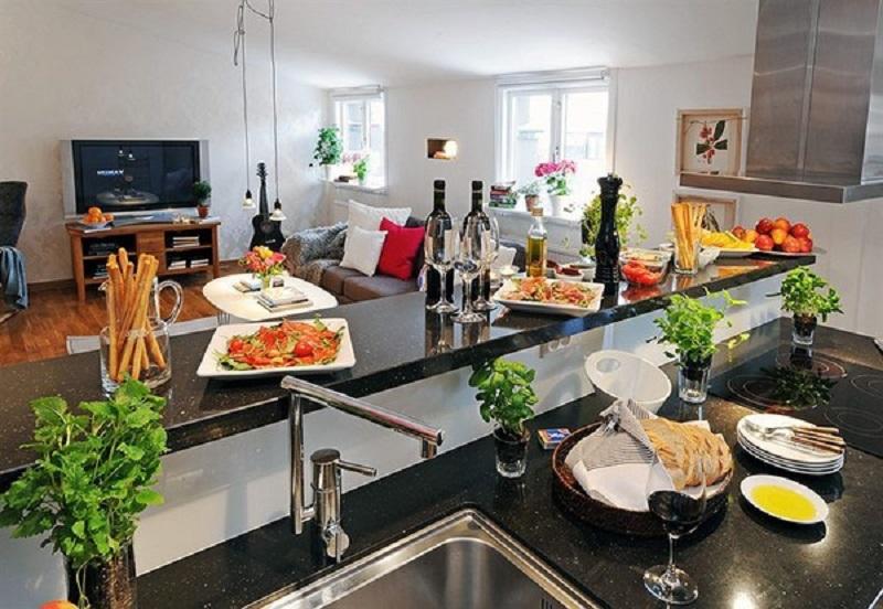 đặt chậu cây xanh tại kệ bếp