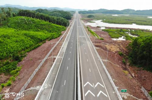 Tuyến cao tốc dài nhất Việt Nam thành hình, đưa kinh tế Quảng Ninh thăng hoa